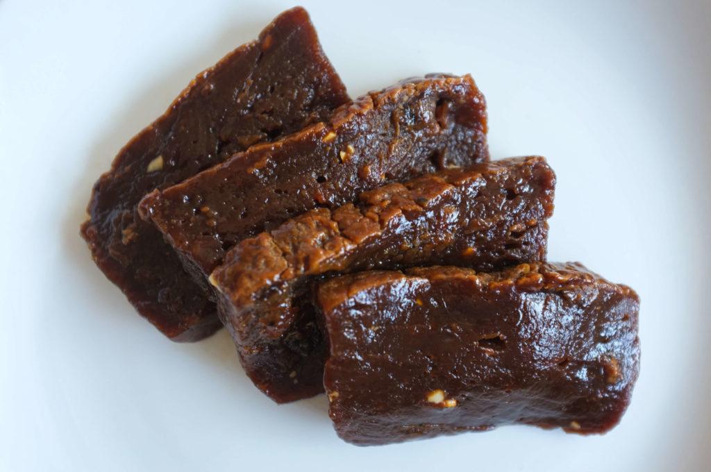 Kalu-Dodol-Sri-Lankan-Sweets